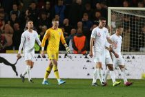 This Week in Football: Brits Struggle, First Teams Qualify